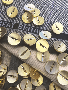 "Medium Pale Gold Buttons 2 Holes 11/16"" (18mm) 28L Italian Gold Metallic Buttons #1069"
