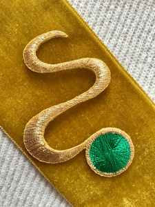 Metallic Gold Green Decorative Embroidery Swirl Vintage Applique Patches #5069
