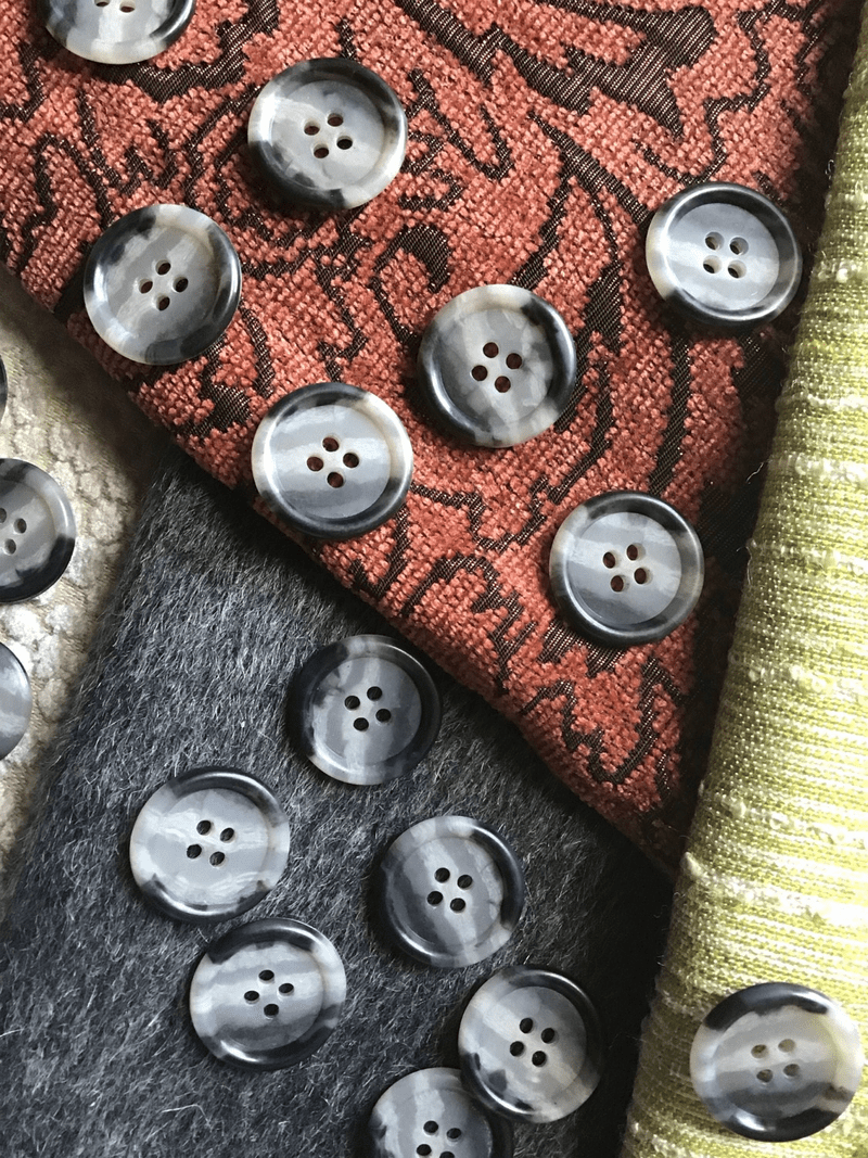"Multi-Grey 4 Hole 15/16"" (22mm) 36L Small Italian Vintage Buttons #536"