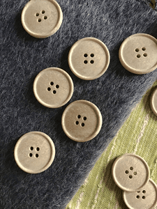 "Natural Sand Stone Italian 4 Hole 1"" (25mm) 40L Vintage Buttons #558"