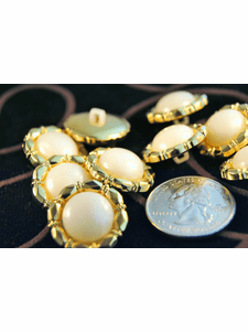 """Pearl Look Vintage Fashion Gold Buttons ÷ 3/4"""" inch (12 pcs)"""