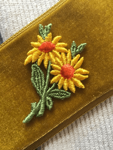 Sew-on Vintage Sunflower Applique Embroidery Patch #5023