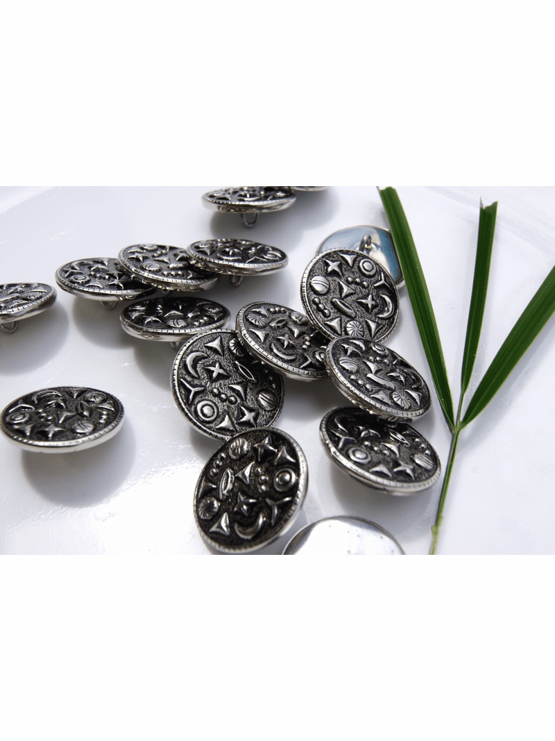 """Silver Embossed Metal Shank Buttons 7/8"""" inch (8 pcs)"""