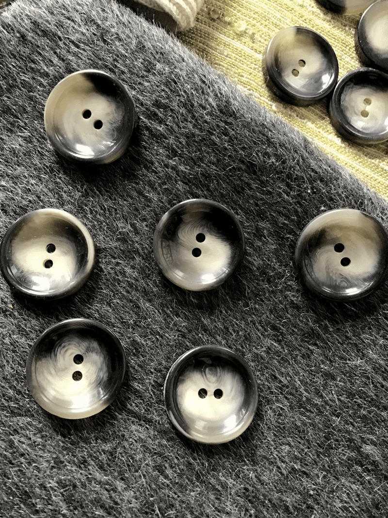 """Stormy Grey Italian 2 Hole 15/16"""" (23mm) 36L Vintage Buttons #553"""