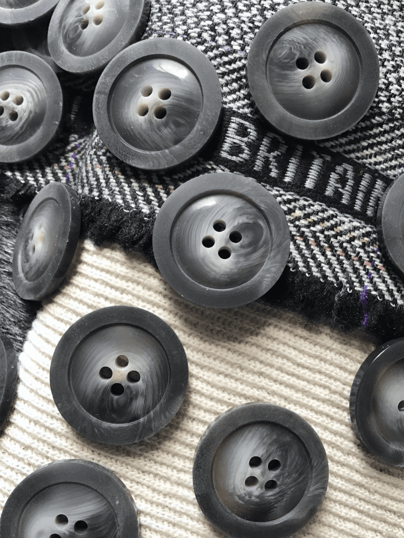 """Textured Gray 4 Hole 1-1/8"""" (28mm) 44L Italian Vintage Buttons #514"""