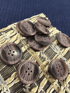 "Textured Taupe Brown 4 Hole 1"" (25mm) 40L Vintage Sewing Buttons #986"