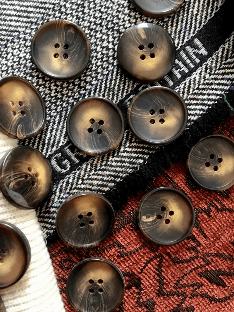 "Toffee Brown 4 Hole Button 1"" (25mm) 40L Sewing Buttons #675"