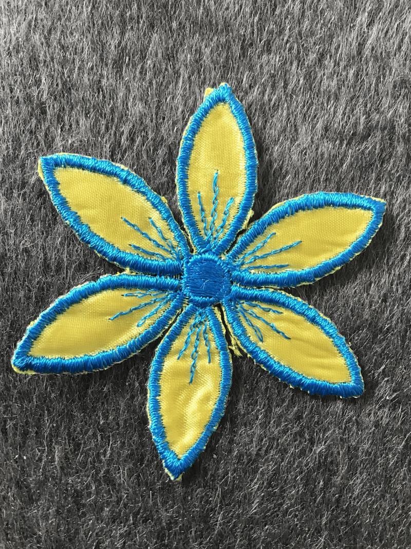 Vintage Iron-on Blue Yellow Flower Applique Floral Patch #5008