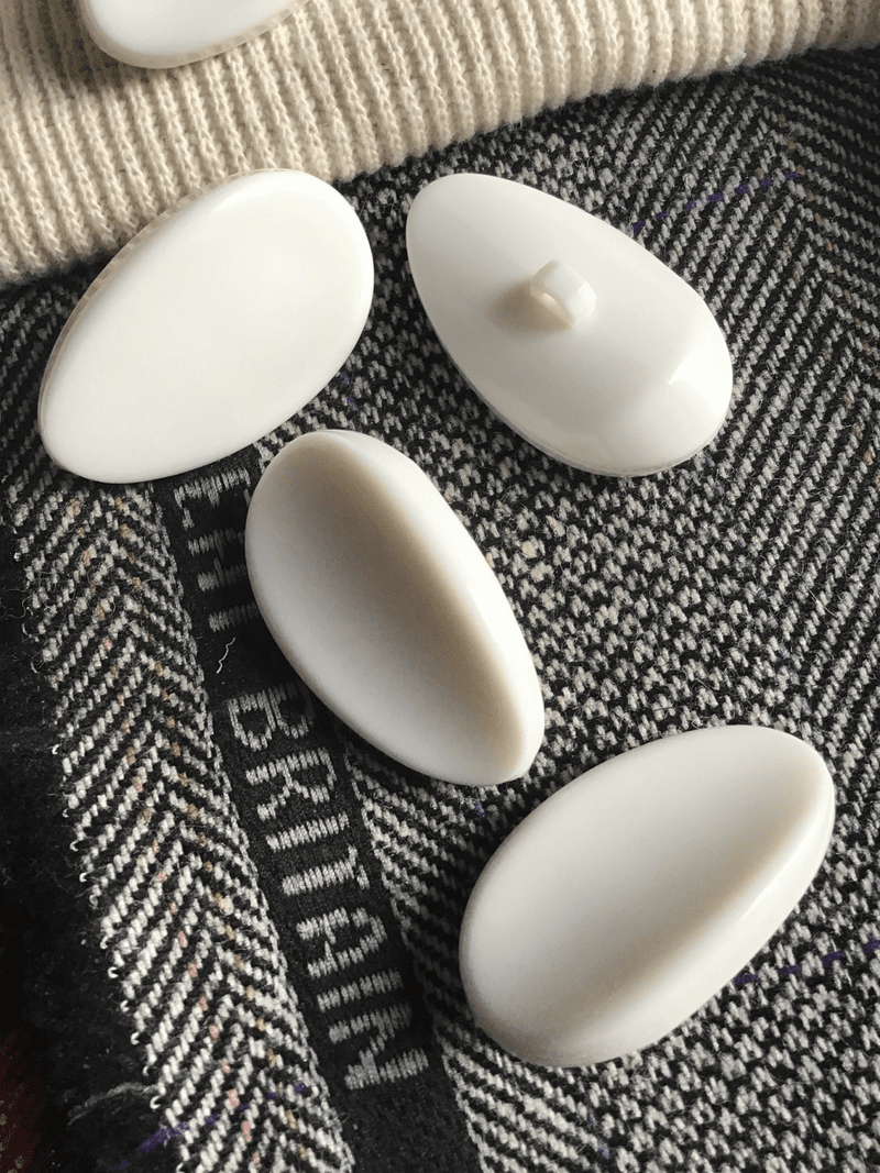 "Winter White Almond Shank Button 1-3/4"" x 1"" (43mm x 25mm) Vintage Buttons #637"