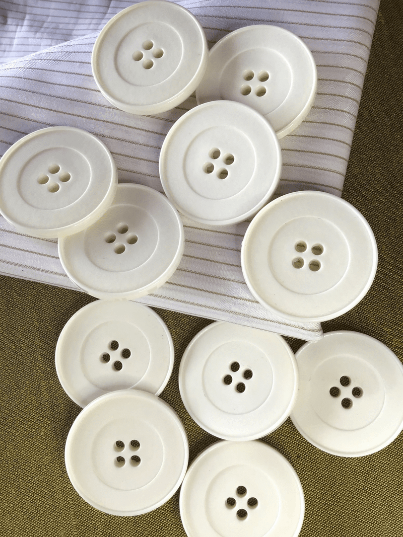 "Winter White Large Button 4 Hole 1-1/2"" (38mm) 60L Vintage Italian Coat Buttons #785"