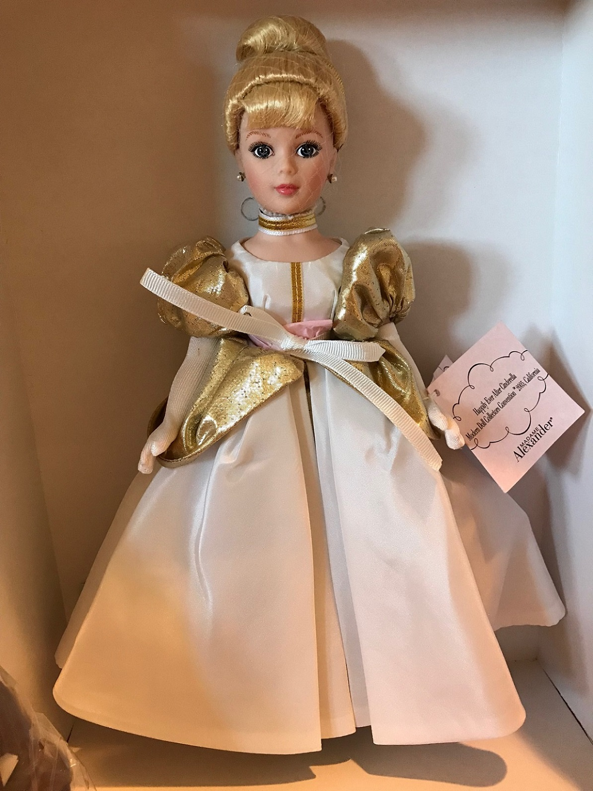 Cinderella/'s Carriage Porcelain Box by Madame Alexander New in Box