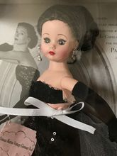 "10"" NEIMAN MARCUS VINTAGE GLAMOUR DOLL"