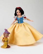 "10"" SNOW WHITE with Dopey"