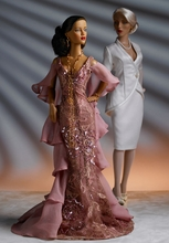 AMBIENT LUXE - outfit - on doll on left