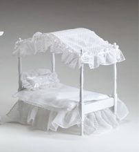 """BETSY'S BED - for 8"""" doll"""