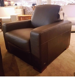 A397 Natuzzi Leather Club Chair