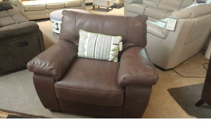 B870 Natuzzi Top Grain Leather Chair