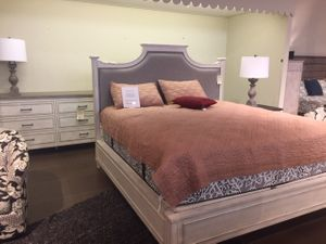 Bella Bedroom Set by Bassett Furniture