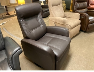 Norwegian power recliner