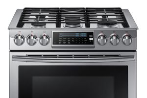 NX58H9500WS Samsung 5.8 cu. ft. Slide-in Gas Range with Intuitive Controls - Stainless Steel