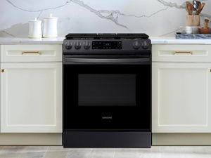 """NX60T8111SG Samsung 30"""" Front Control Wifi Enabled Slide-In Gas Range with Self Clean - Fingerprint Resistant Black Stainless Steel"""