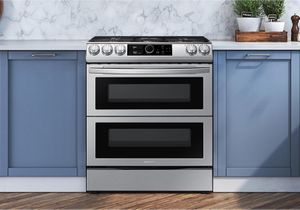 """NX60T8751SS Samsung 30"""" Flex Duo Front Control Wifi Enabled Slide-In Gas Range with Air Fry and Smart Dial - Fingerprint Resistant Stainless Steel"""