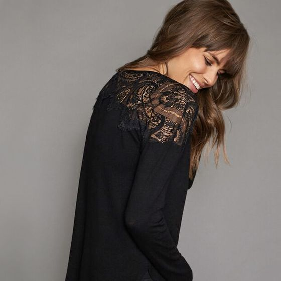 Red Haute Lace Top Shirt ( Black )