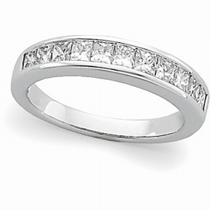 1 ct tw Princess Cut Diamond and Platinum Anniversary Band