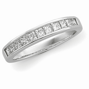 3/4ct tw Princess Cut Diamond and Platinum Anniversary Band