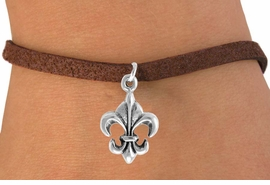 "<bR>               EXCLUSIVELY OURS!!<Br>          AN ALLAN ROBIN DESIGN!!<BR> CLICK HERE TO SEE 120+ EXCITING<BR>    CHANGES THAT YOU CAN MAKE!<BR>               LEAD & NICKEL FREE!!<BR> W716SB -  ""FLEUR DE LIS"" CHARM<Br>    BRACELET FROM $4.50 TO $8.35<Br>                                &#169;2010"