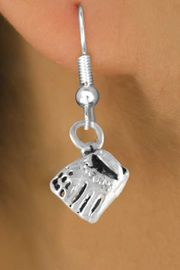 <bR>         EXCLUSIVELY OURS!!<Br>        LEAD & NICKEL FREE!!<BR> W339SE - BASEBALL GLOVE<Br>& EARRING FROM $4.50 TO $8.35