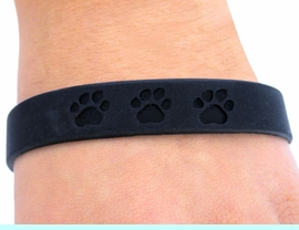 <bR>      EXCLUSIVELY OURS!!<Br>   W4569JPB - JET BLACK<BR>SCHOOL SPIRIT PAW JELLY<br> BRACELETS&#169;2004 FROM<Br>               $.97 TO $5.00
