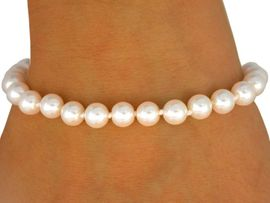 <BR>      EACH PEARL IS KNOTTED BY HAND <BR>                LEAD AND NICKEL FREE!!<BR>W9419B - SINGLE ROW 6 MM GLOSSY <Br>           CREAM FAUX PEARL STRETCH<Br>         BRACELET FROM $4.40 TO $9.25