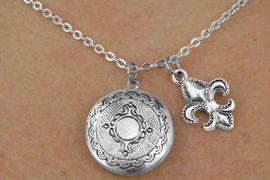 <Br>                     LEAD & NICKEL FREE!!<Br>     W17865N - CIRCLE POLISHED SILVER<Br>       FINISH LOCKET WITH FLEUR DE LIS <br>  CHARM NECKLACE FROM $3.35 TO $7.50