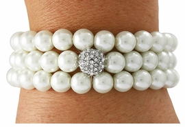 <Br>              LEAD & NICKEL FREE!!<Br>   W18986B - CREAM FAUX PEARL <Br>     AND SILVER TONE AUSTRIAN <BR>        CRYSTAL BEAD STRETCH<Br>  BRACELET FROM $9.00 TO $20.00
