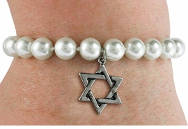 <Br>                     LEAD & NICKEL FREE!! <Br> W19439B - JEWISH STAR OF DAVID <BR> CHARM ON 8MM PEARL BEAD BRACELET <BR>            FROM $3.35 TO $7.50 �2012