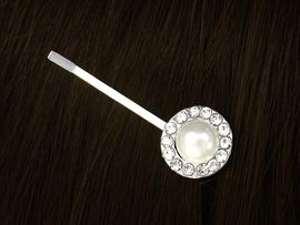 <bR>W10405HJ - GENUINE AUSTRIAN<br>CRYSTAL & FAUX PEARL BOBBY<Br>       PIN FROM $1.13 TO $2.50