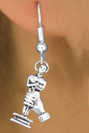 <br>     WHOLESALE FASHION CHARM EARRINGS <bR>                 EXCLUSIVELY OURS!! <BR>            AN ALLAN ROBIN DESIGN!! <BR>      CADMIUM, LEAD & NICKEL FREE!! <BR>    W1556SE - DETAILED 3D SILVER TONE <Br>ACADEMY ACTING AWARD CHARM EARRINGS <BR>          FROM $3.65 TO $8.40 �2014