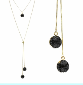 <BR>     W29504N12 - EXCITING NEW FASHION JEWELRY EXCLUSIVE <BR>  JET BLACK NATURAL GEODE CRYSTAL GOLD-TONE NECKLACE <BR>    ADJUSTABLE GOLD-TONE BEAD FOR DANGLING GEODE PENDANTS<BR>                     NO NICKEL, LEAD, OR POISONOUS CADMIUM.  <br>                              BUY THIS NECKLACE FOR $11.25 EACH