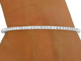 W8562B - POLISHED SILVER TONE TRIM<br>      2MM AUSTRIAN CRYSTAL BANGLE<Br>                                 BRACELET<BR>         YOUR LOW PRICE IS ONLY $5.69