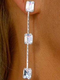 W8709E - GENUINE AUSTRIAN CRYSTAL<br>      NON ALLERGENIC TITANIUM POST<br>           EARRINGS AS LOW AS $5.60