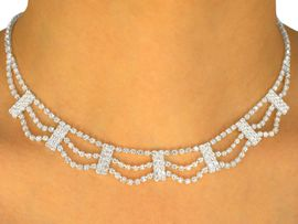 W9676NE - DRAPING AUSTRIAN CRYSTAL<br>                 NECKLACE & EARRING SET<Br>         YOUR LOW PRICE IS ONLY $24.38