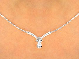 W9730NE - BEAUTIFUL AUSTRIAN CRYSTAL<br>     TEARDROP NECKLACE & EARRING SET<Br>           YOUR LOW PRICE IS ONLY $6.50
