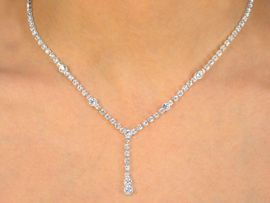 W9929NE - GENUINE AUSTRIAN CRYSTAL<br> SINGLE STRAND NECKLACE & EARRINGS<Br>                 YOUR LOW PRICE IS $13.81