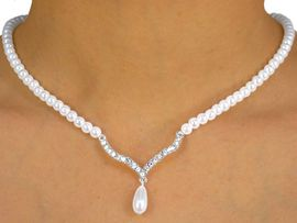 W9937NE - WHITE FAUX PEARL<br>& GENUINE AUSTRIAN CRYSTAL<br>     NECKLACE & EARRING SET<BR>     YOUR LOW PRICE IS $8.13