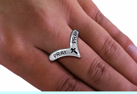 """<BR>       WHOLESALE CHRISTIAN RINGS <BR> CADMIUM,  LEAD,  AND NICKEL FREE!!!! <Br>W20591R - SILVER TONE POINTED """"PRAY"""" <BR> STRETCH RING FROM $2.25 TO $5.00 �2013"""