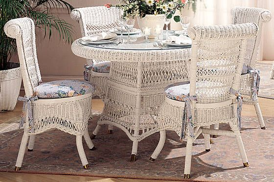 Clic Wicker Dining Set