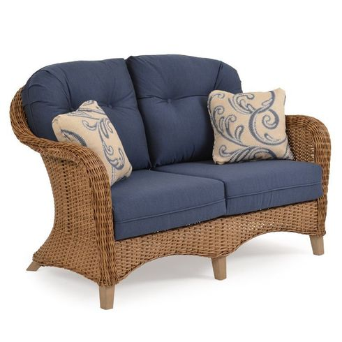 Island Way Outdoor Wicker Loveseat - Nutmeg Finish