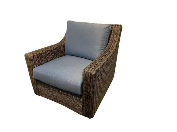 Lane Venture Outdoor Wicker Chair-Oasis collection with vesper Sapphire