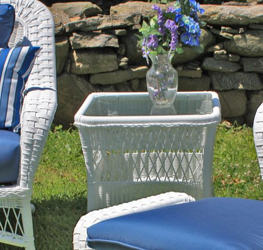 Outdoor Wicker End Table - Princeton